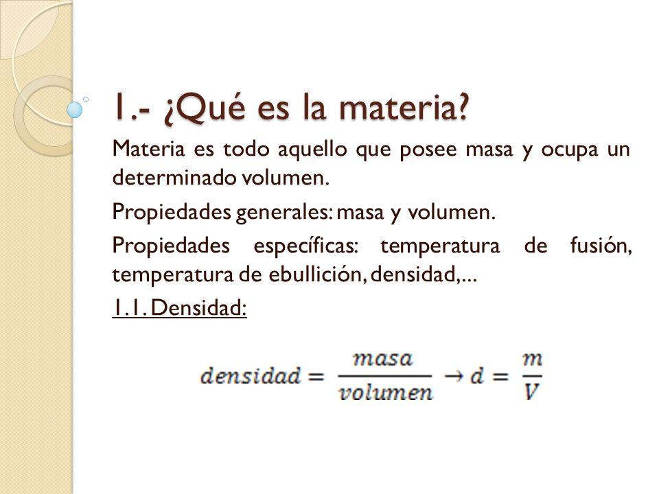 Para averiguar la densidad de una roca, primero calculamos su masa con una balanza.