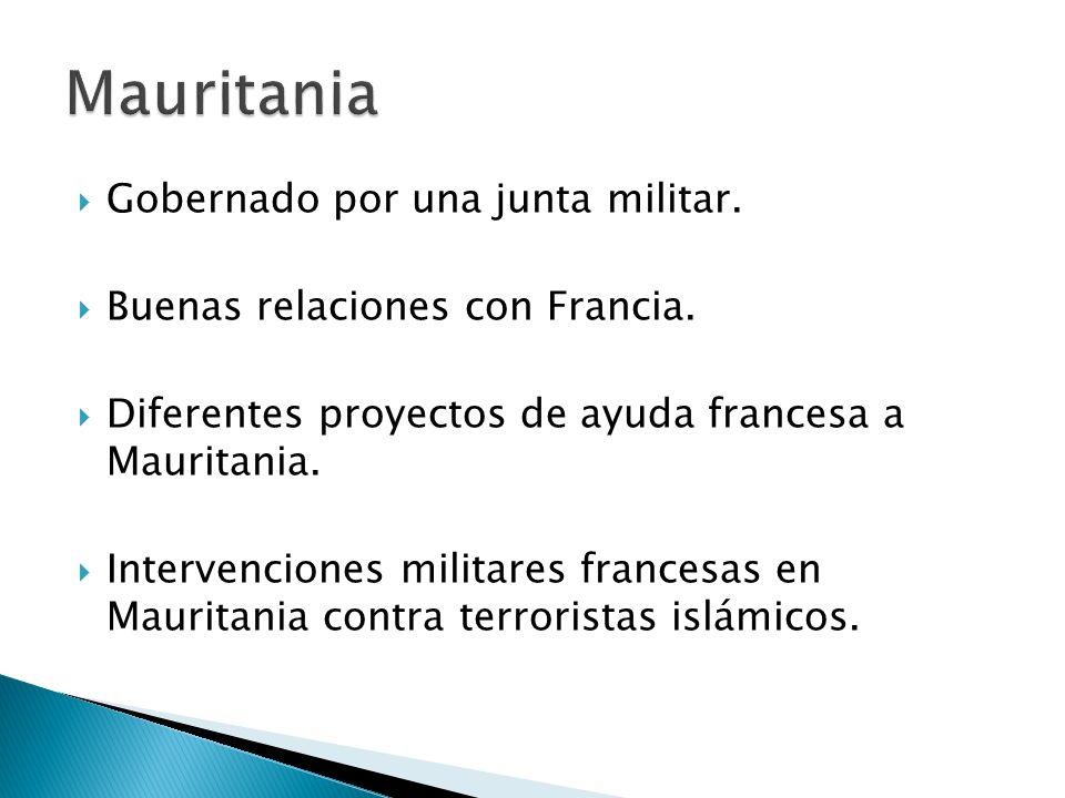 Gobernado por una junta militar. Buenas relaciones con Francia. Diferentes proyectos de ayuda francesa a Mauritania. Intervenciones militares francesa