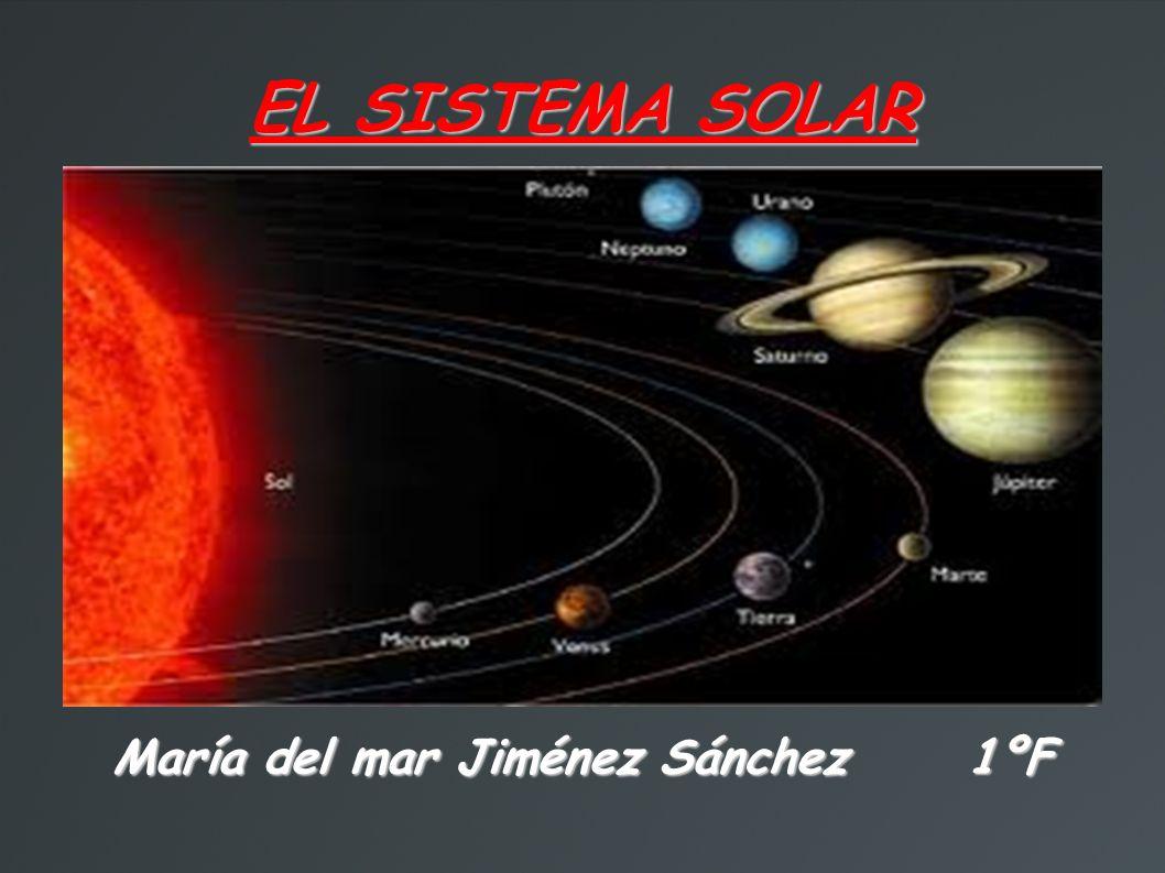 Entre los planetas, se pueden distinguir planetas interiores y exteriores: Los planetas interiores, los mas cercanos al sol, tienen una composición rocosa.