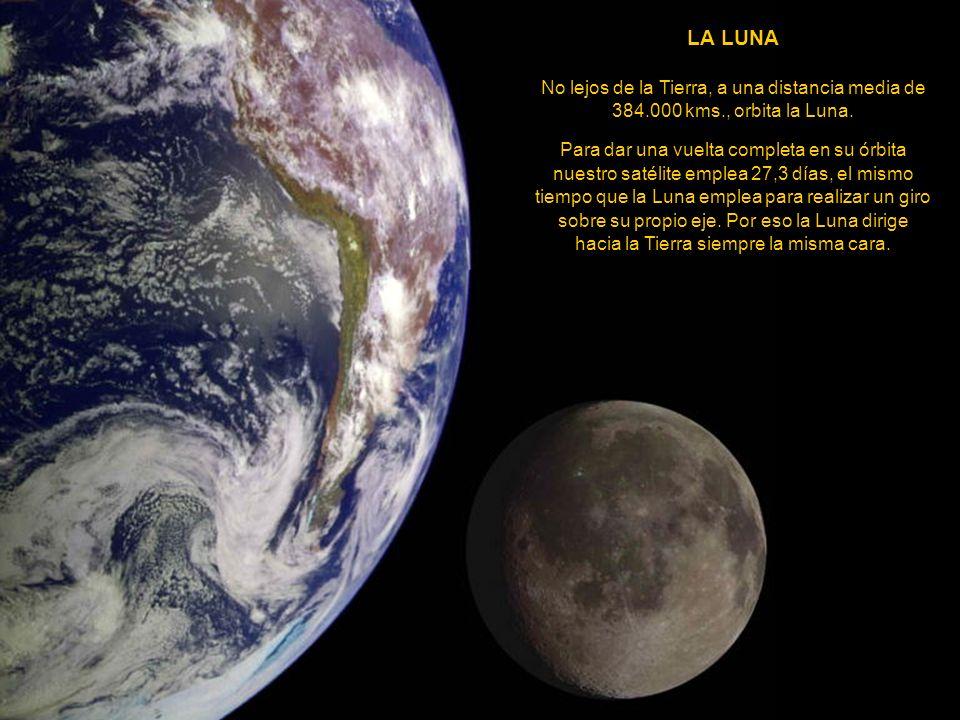 NEPTUNO Está a 4.500 millones de kms. del Sol y su diámetro es de 49.400 kms., cerca de 3,8 veces el de la Tierra. El periodo de rotación es de 16 hor