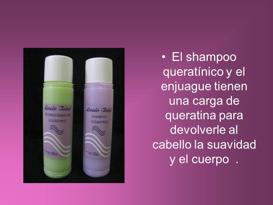 El shampoo queratínico y el enjuague tienen una carga de queratina para devolverle al cabello la suavidad y el cuerpo.