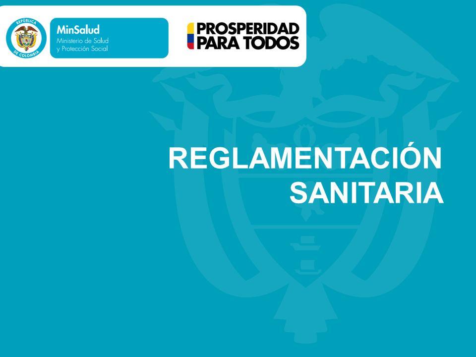 ALMACENAMIENTO Producto identificado, sobre pallets y que permita realizar actividades de limpieza.