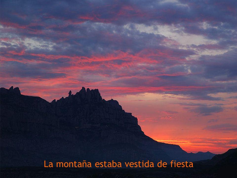 Y los montes guardaban un profundo silencio.