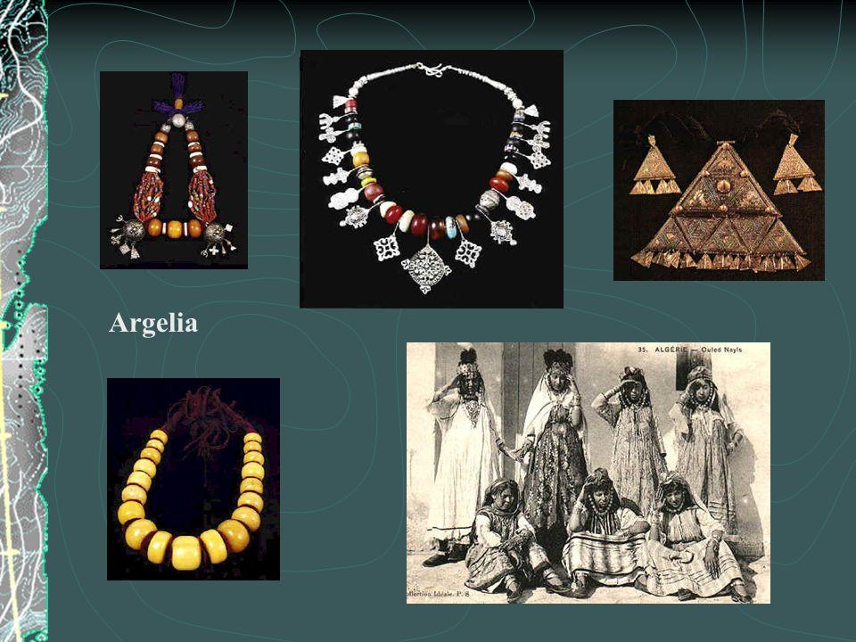 Pulseras y amuletos Antiguo Egipto Collar y anillo