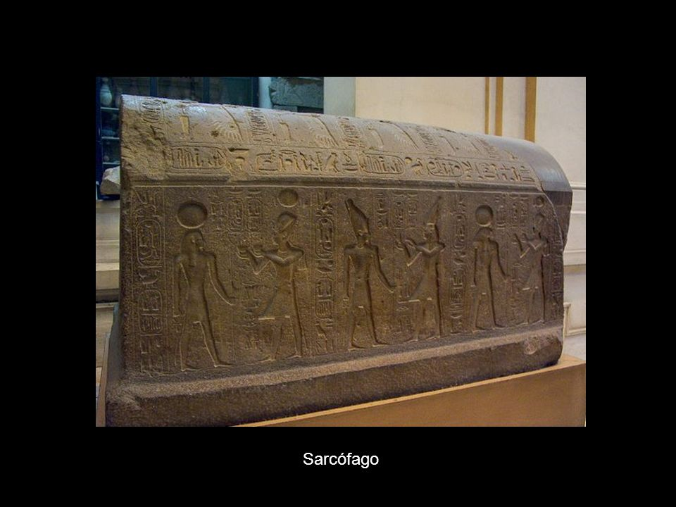 Hacha ceremonial del rey Ahmosis Diadema de la princesa Sat-Hathor-Iounit