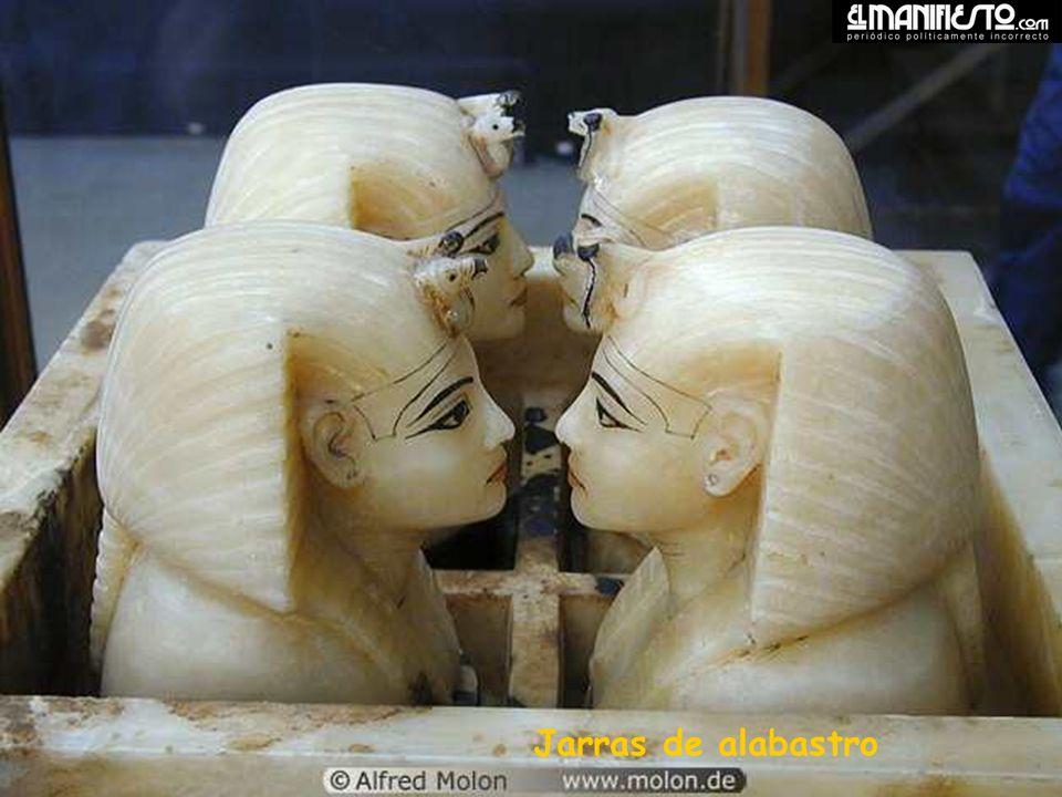 Jarras de alabastro