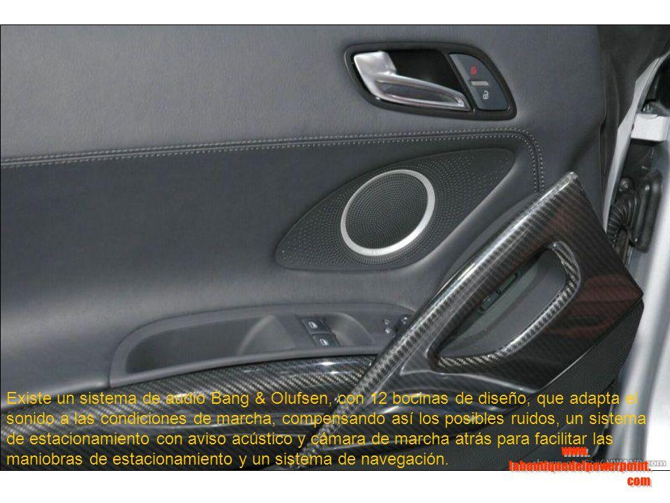 Existe un sistema de audio Bang & Olufsen, con 12 bocinas de diseño, que adapta el sonido a las condiciones de marcha, compensando así los posibles ruidos, un sistema de estacionamiento con aviso acústico y cámara de marcha atrás para facilitar las maniobras de estacionamiento y un sistema de navegación.