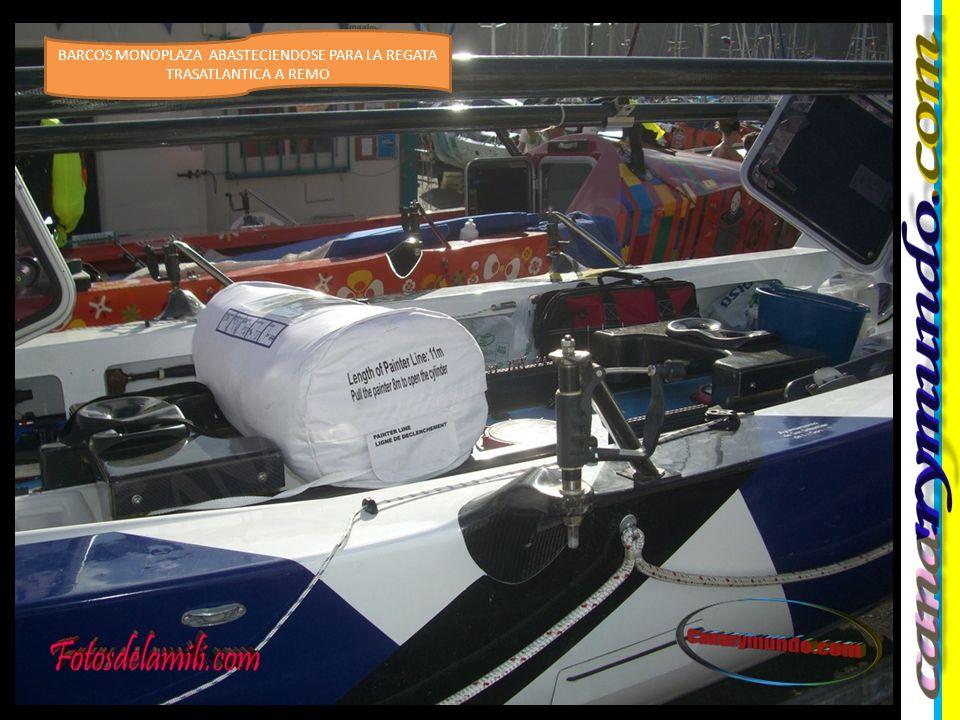 Los tripulantes de diecisiete embarcaciones se preparan en la isla canaria de La Gomera para cruzar el Atlántico a remo dentro de la Rowing Race 2011 , en lo que será travesía en la que recorrerán 2.600 millas náuticas hasta Barbados.