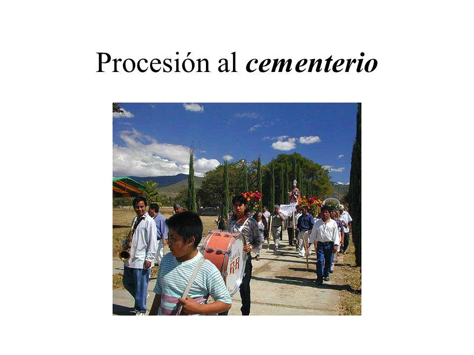 Procesión al cementerio