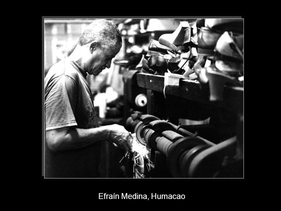 Efraín Medina, Humacao