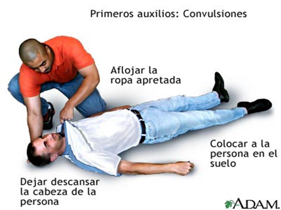 ELECTROCUCIÓN Si la víctima sufre paro cardíaco aplique masaje cardíaco externo y si también sufre paro respiratorio y usted no cuenta con ayuda, alterne con la respiración artificial.