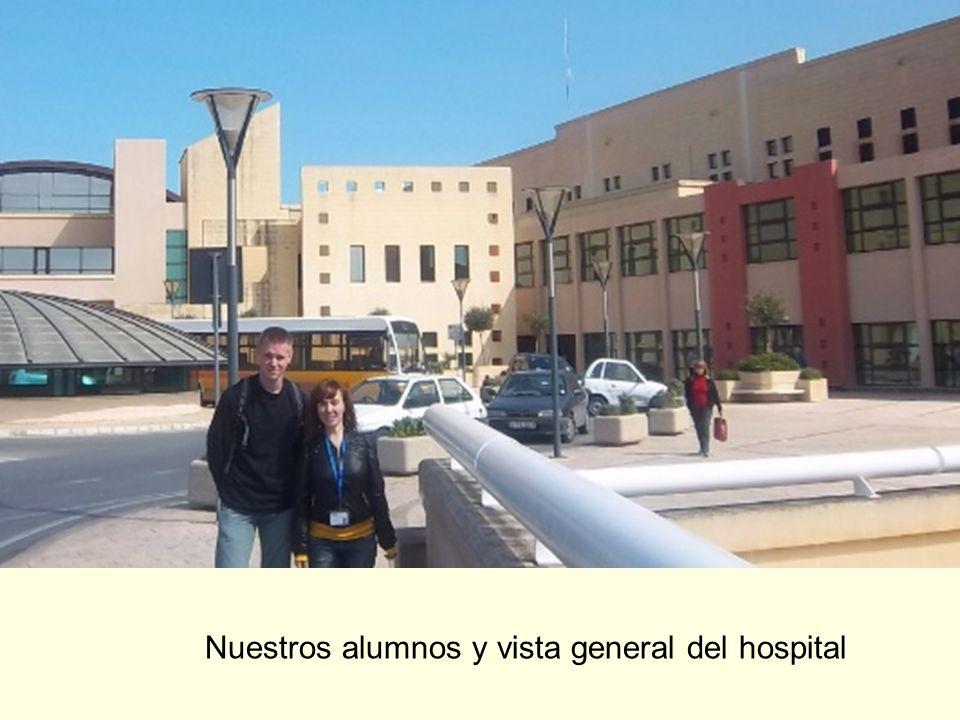 Nuestros alumnos y vista general del hospital