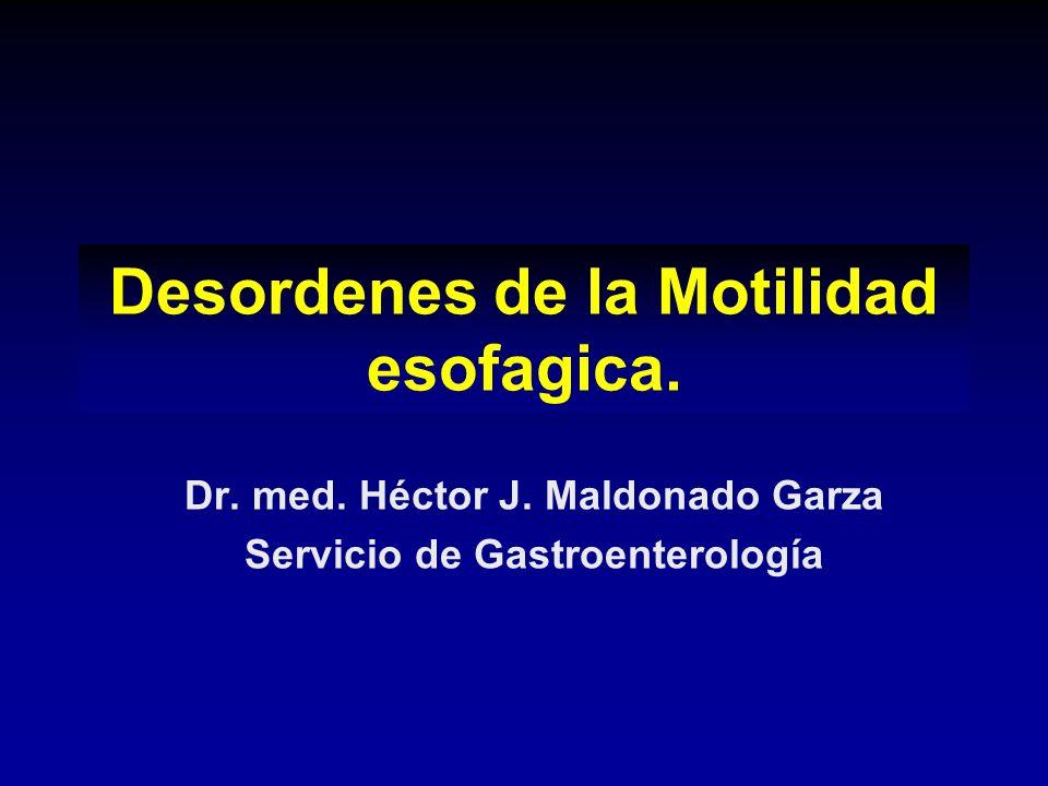 Acalasia Tratamiento La toxina botulínica (previene la liberación de ACh en la unión NM) 90% de respuesta inicial, el 60% a 1 año 60-95% de éxito inicial, el 60% a los 5 años Perforacion 3.5%, la muerte 0.2-0.4% Miotomía quirúrgica (abierta o mínimamente invasiva) > 90% de respuesta inicial, el 85% a los 10 años, Mortalidad <1%; <10% mayor morbilidad