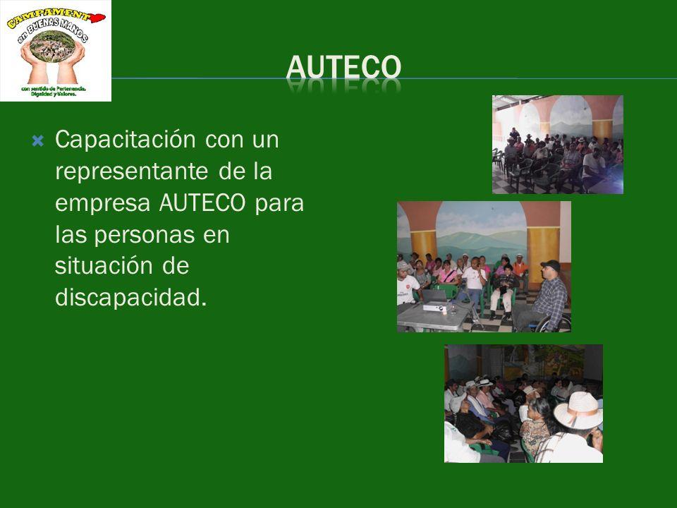Capacitación con un representante de la empresa AUTECO para las personas en situación de discapacidad.
