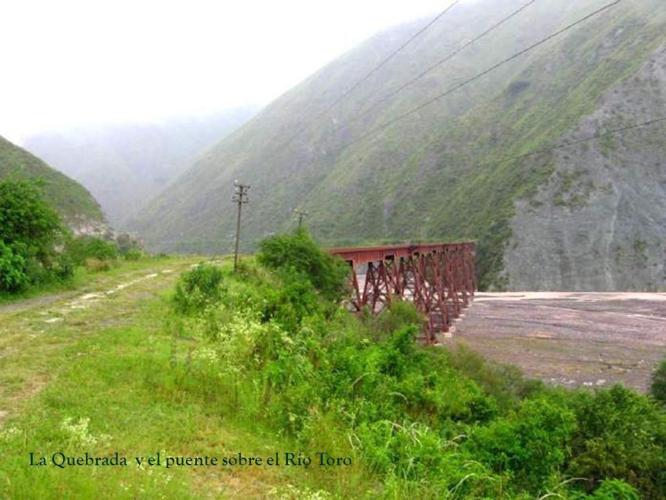 Quebrada del Toro Ruta Nac.N°51 vista desde el tren