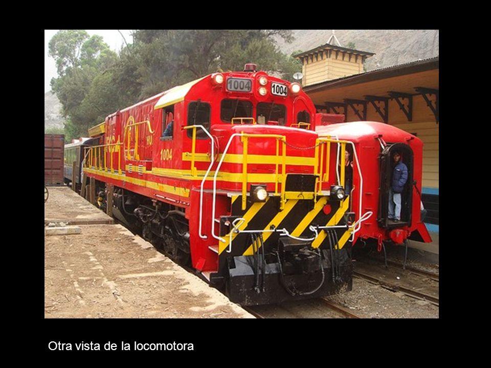 Otra vista de la locomotora