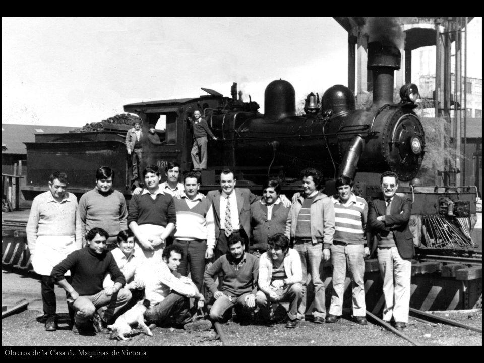 Obreros de la Casa de Maquinas de Victoria.