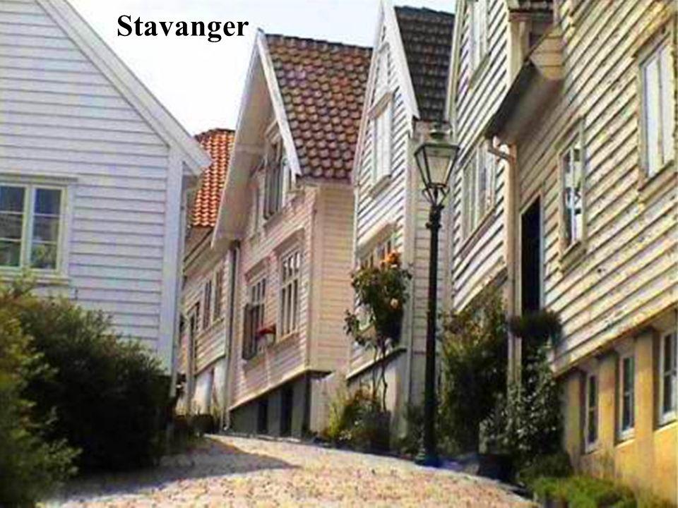 Stavanger es una ciudad portuaria del sur oeste de Noruega. Fue declarada Capital Cultural Europea en el año 2008. Desde Stavanger, se pueden realizar