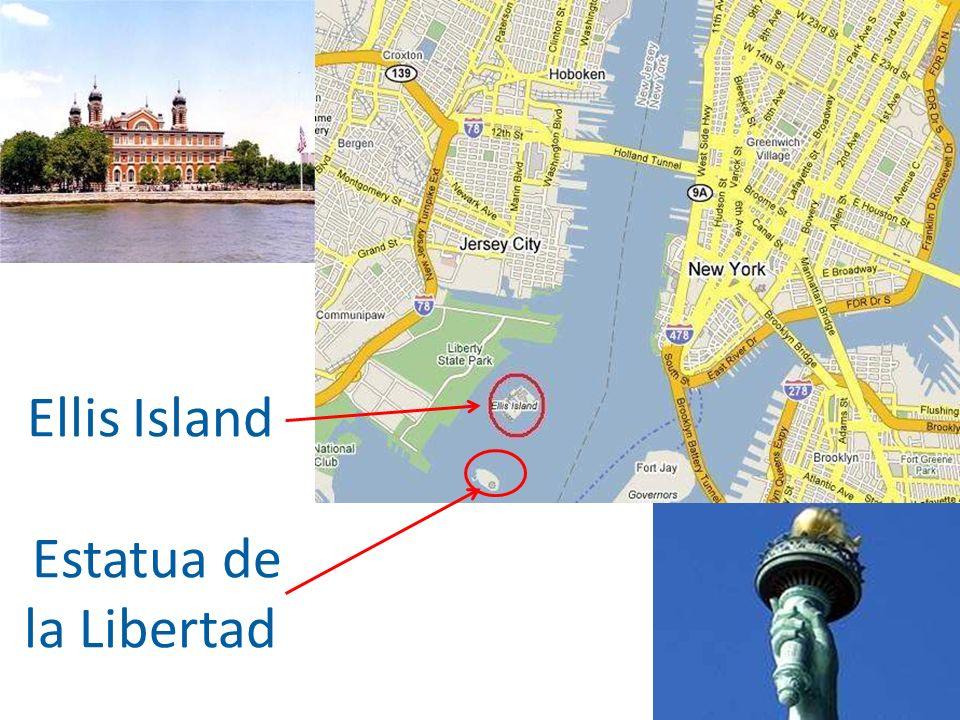 Puedes tomar el Water Taxi alrededor de la isla de Manhattan… …o tomar gratis el ferry desde Battery Park hasta la Estatua de la Libertad y Ellis Island.