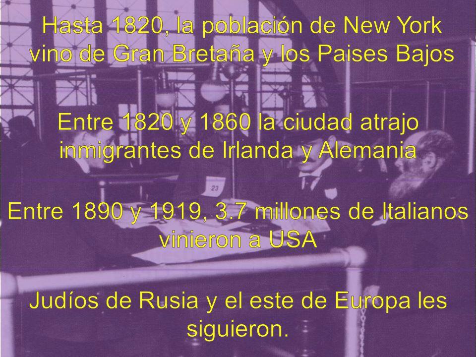 Mucha gente famosa vino a través de Ellis Island, por ejemplo Sigmund Freud, Charlie Chaplin y Walt Disney.