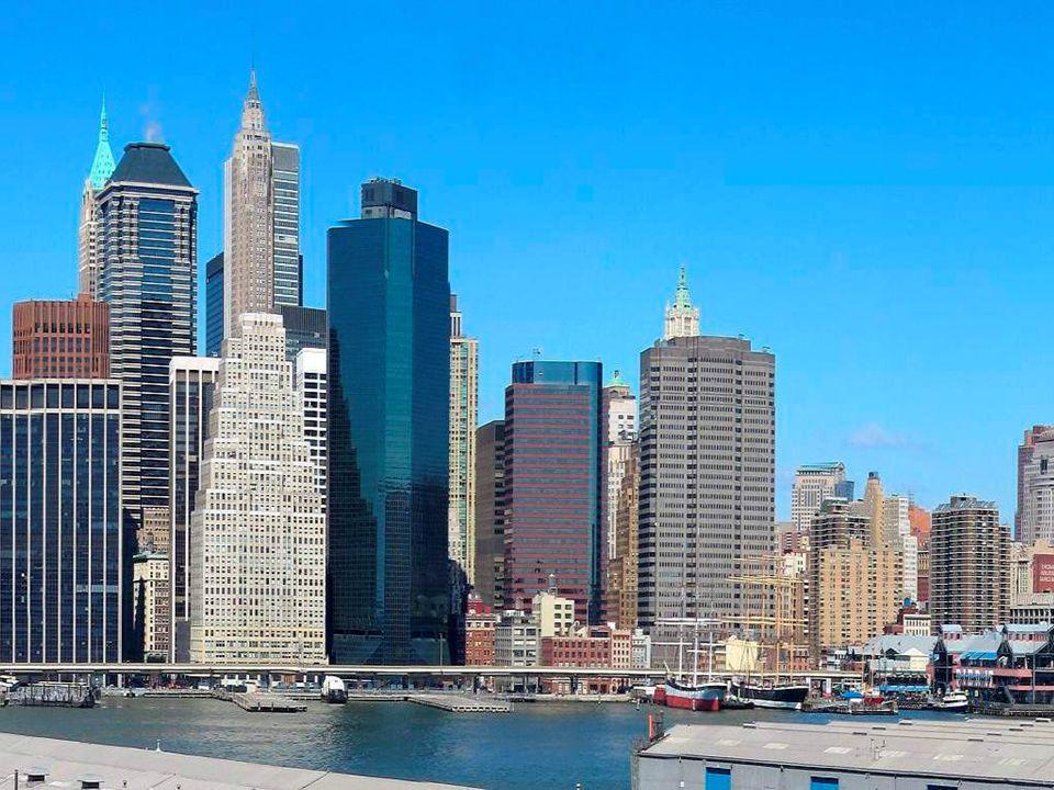 El Rockefeller Center incluye muchos edificios, pero es más visitado en invierno
