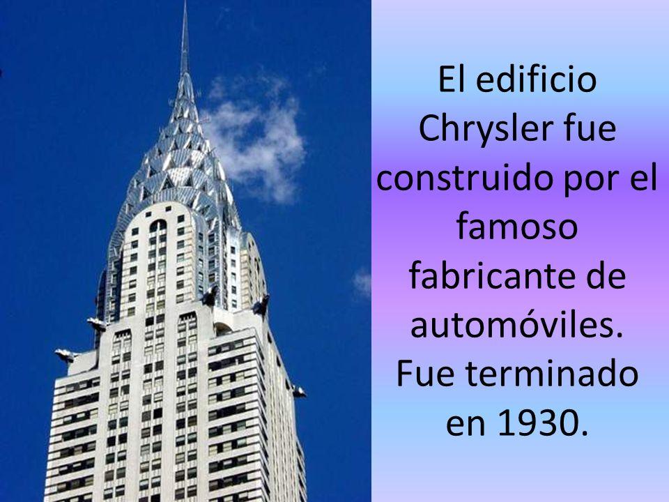 El Empire State Building es el más alto rascacielos de NY. Tiene 381 metros de altura y 102 pisos.
