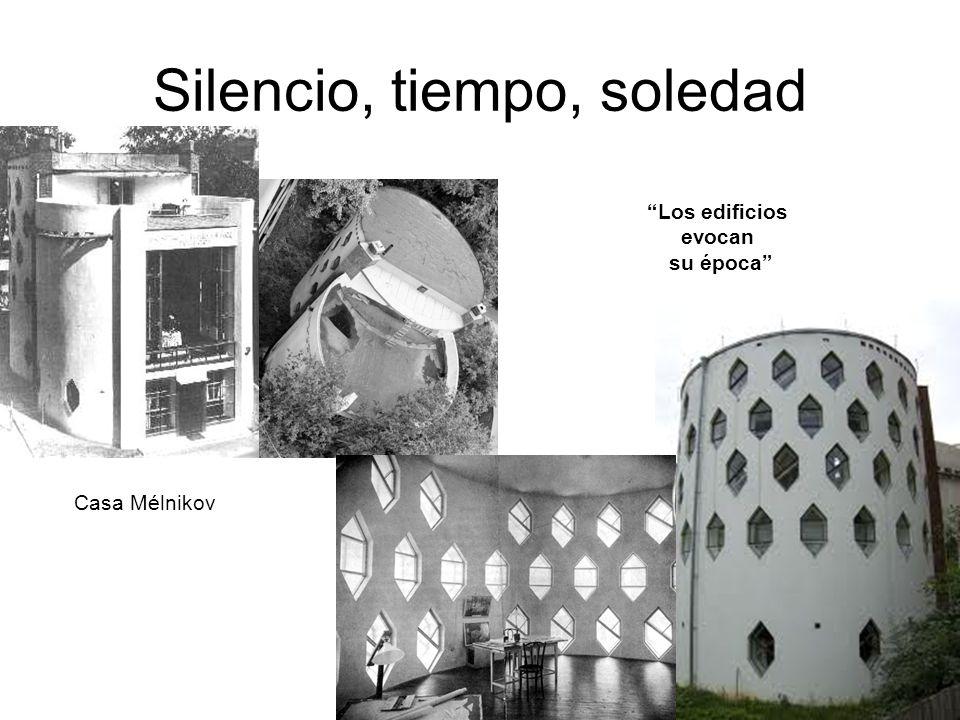 Casa Mélnikov Los edificios evocan su época Silencio, tiempo, soledad