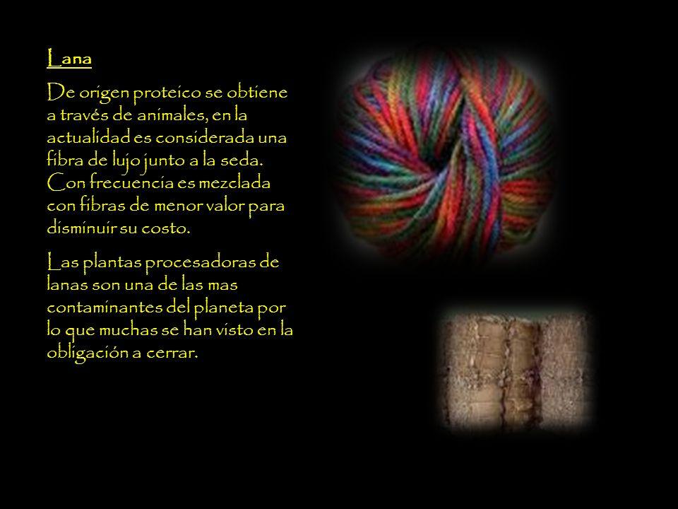 Seda Según la leyenda china, la seda empezó a tejerse en año 2640 A de C.