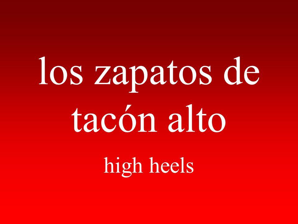 los zapatos de tacón alto high heels