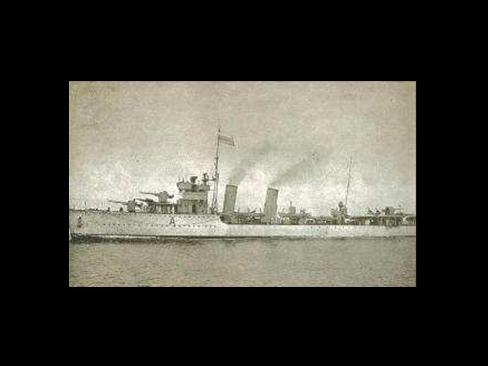 Luis Alejandro Velasco, el 28 de febrero de 1.955, fue uno de los 8 marineros de la tripulación del destructor Caldas, de la Marina de Guerra de Colom