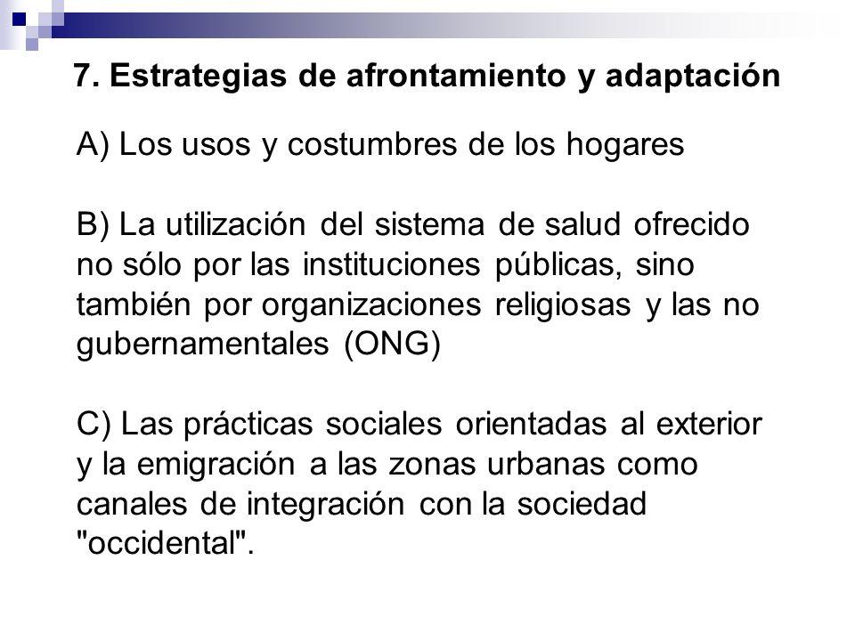 A) Los usos y costumbres de los hogares B) La utilización del sistema de salud ofrecido no sólo por las instituciones públicas, sino también por organ
