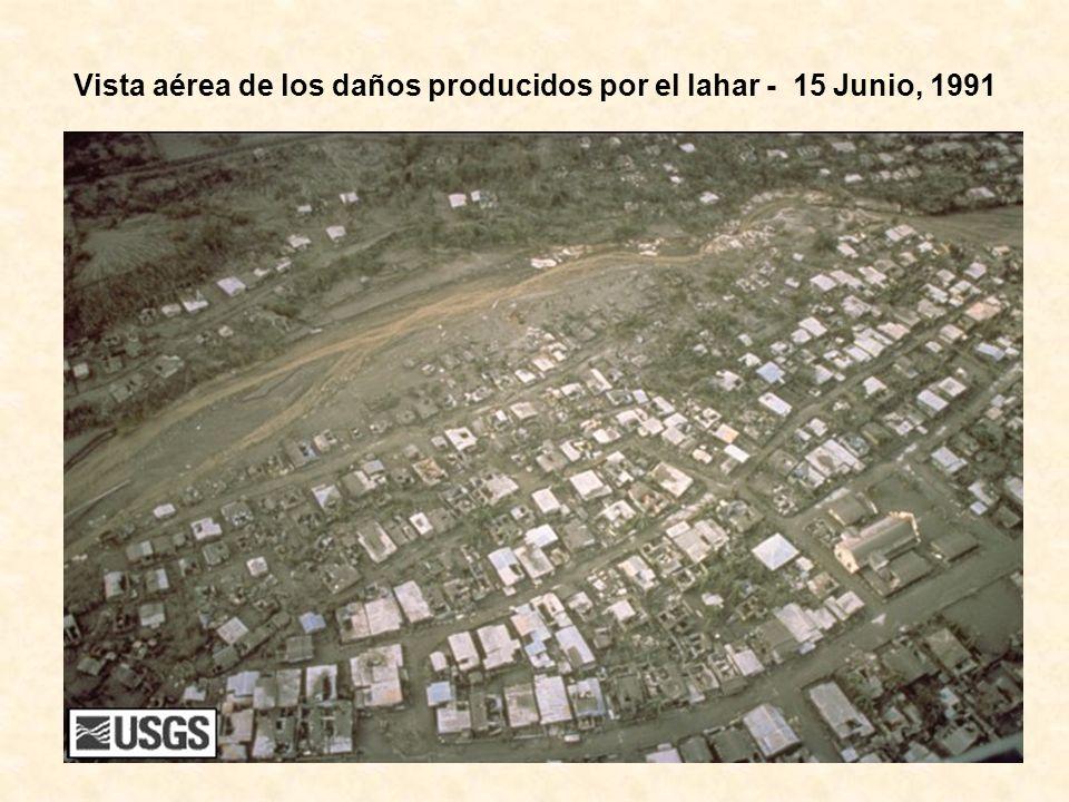 Vista aérea de los daños producidos por el lahar - 15 Junio, 1991