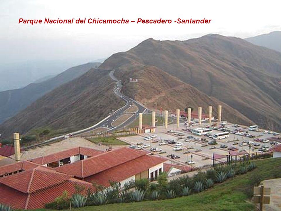 La Candelaria y Cerro de Monserrate - Bogotá