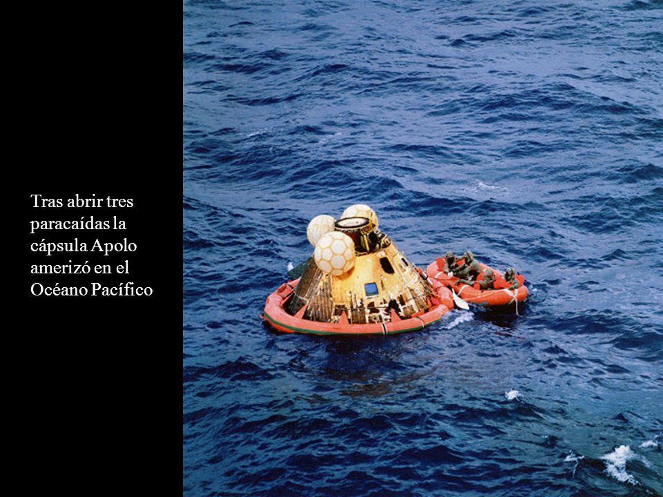 Tras abrir tres paracaídas la cápsula Apolo amerizó en el Océano Pacífico
