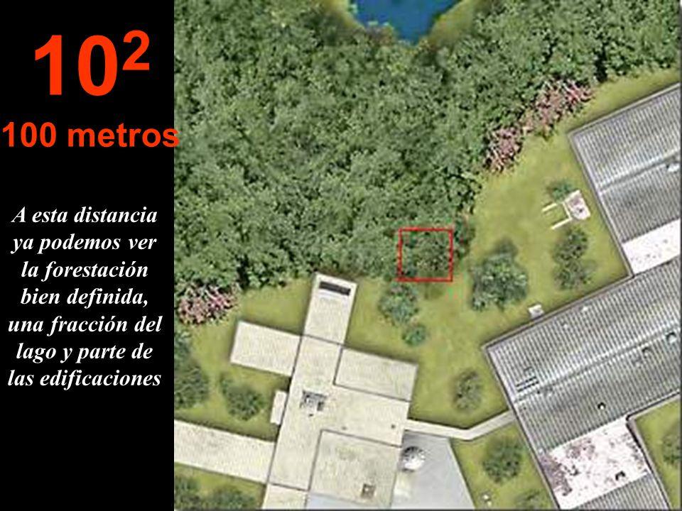 A esta distancia ya podemos ver la forestación bien definida, una fracción del lago y parte de las edificaciones 10 2 100 metros