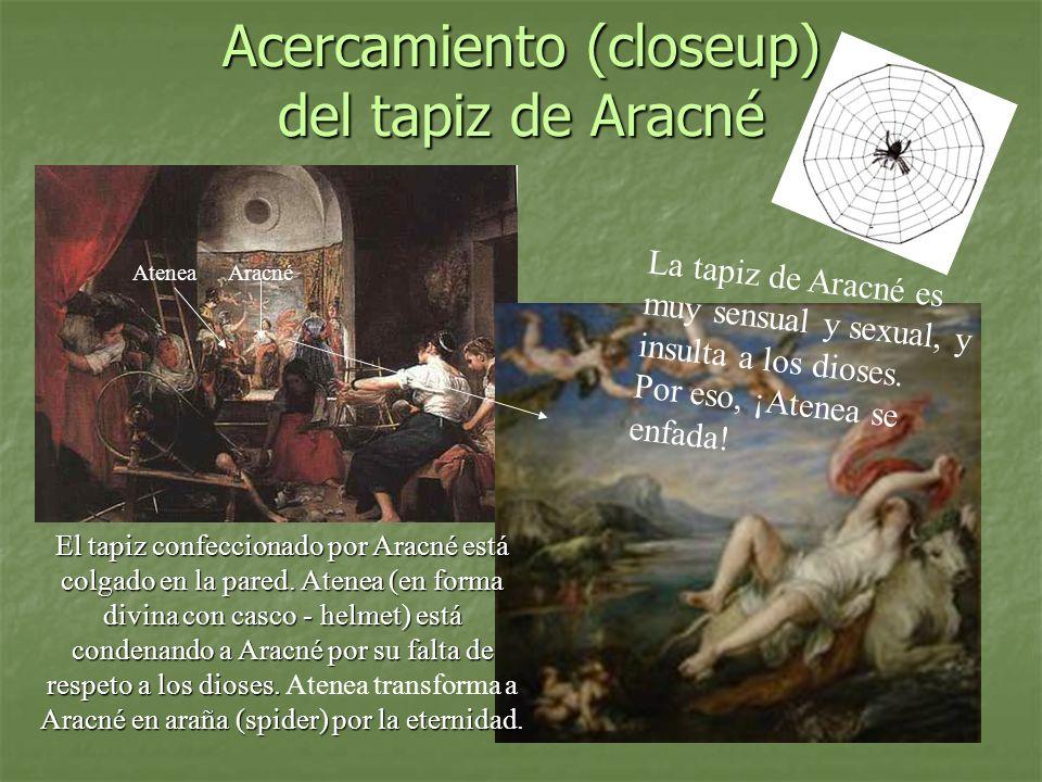Acercamiento (closeup) del tapiz de Aracné El tapiz confeccionado por Aracné está colgado en la pared. Atenea (en forma divina con casco - helmet) est