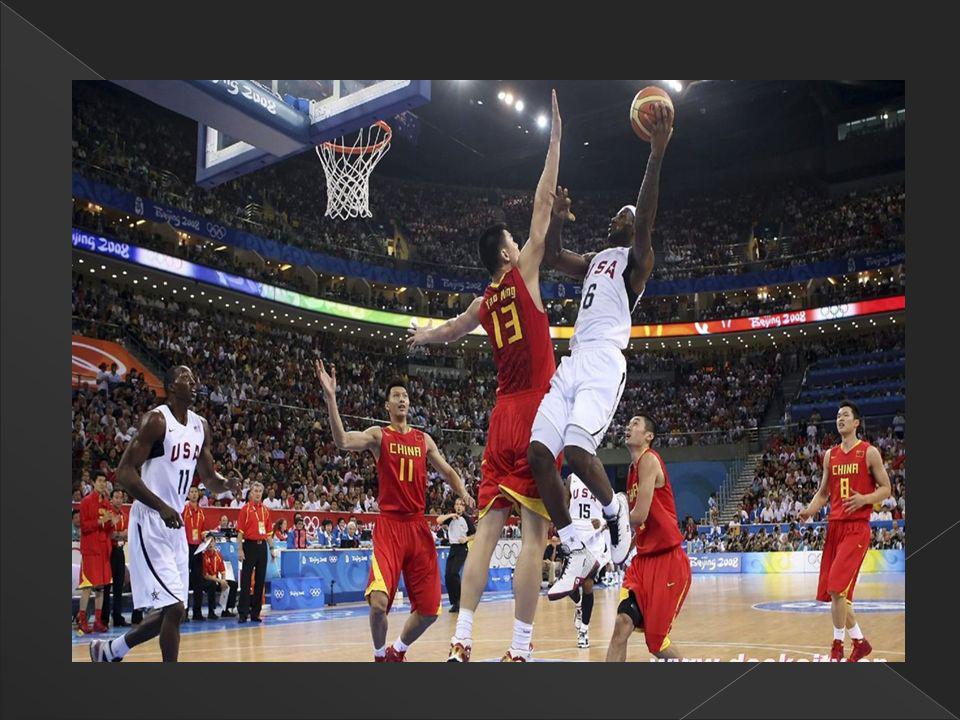 El drible es uno de los fundamentos ofensivos más importantes del baloncesto, toda vez que es el único medio que tiene el jugador de desplazarse con el balón por la cancha.
