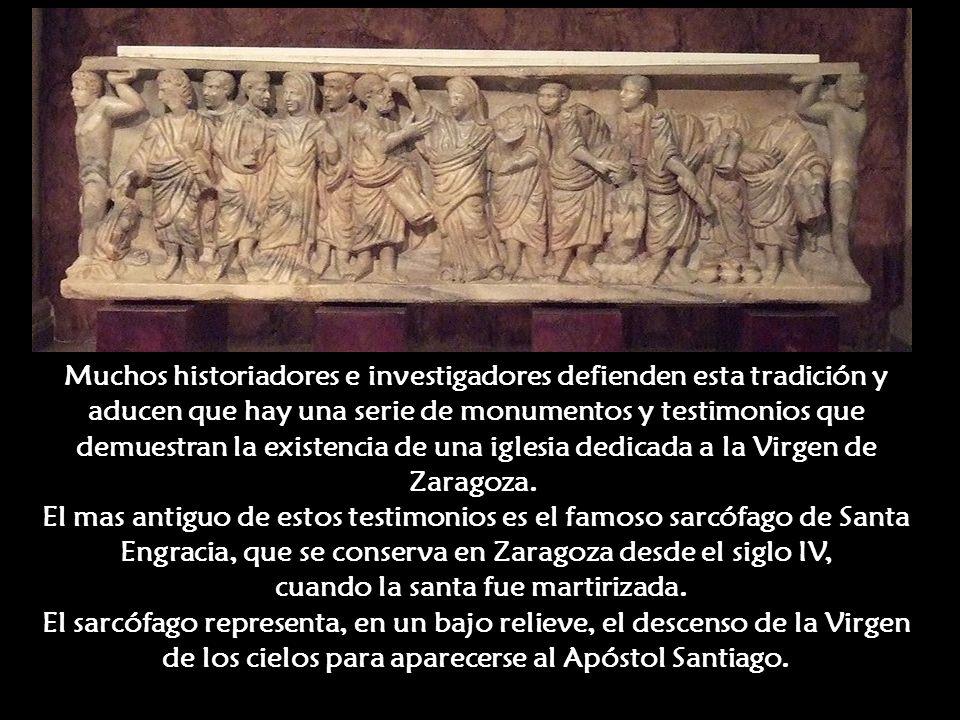 Desapareció la Virgen y quedó ahí el pilar. El Apóstol Santiago y los ocho testigos del prodigio comenzaron inmediatamente a edificar una Iglesia en a
