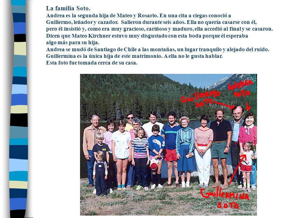 La familia Soto.Andrea es la segunda hija de Mateo y Rosario.