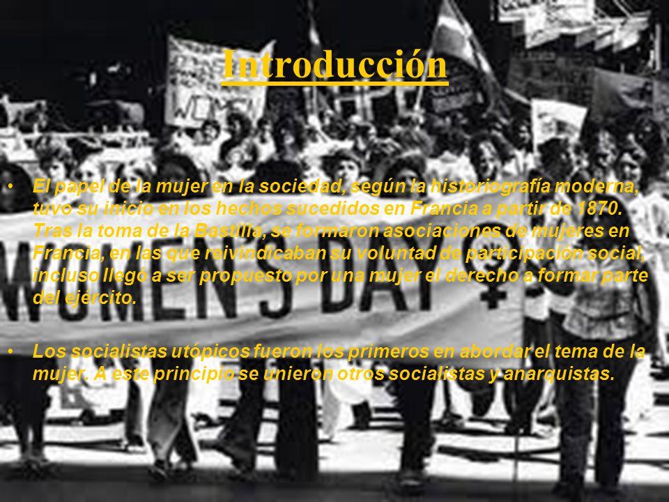 Bibliografía http://cadizdeplata.blogspot.com/2010/03/la-mujer-gaditana-y-la-constitucion-de.html http://www.seminariomartinezmarina.com/ojs/index.php/historiaconstitucional/article/viewFile/227/200 http://catarina.udlap.mx/u_dl_a/tales/documentos/ledf/garcia_s_mk/capitulo2.pdf http://cadiz2012.universia.es/noticia.jsp?idNoticia=9275&title=UCA-ANALIZA-PAPEL-MUJER- CONSTITUCION-1812&idSeccion=14http://cadiz2012.universia.es/noticia.jsp?idNoticia=9275&title=UCA-ANALIZA-PAPEL-MUJER- CONSTITUCION-1812&idSeccion=14 http://elblogdelapepa.wordpress.com/2010/05/18/el-papel-de-la-mujer-en-1812/ http://www.20minutos.es/noticia/358283/0/mujeres/clave/historia/ http://www.ciudaddemujeres.com/mujeres/Politica/CampoamorClara.htm http://es.wikipedia.org/wiki/Victoria_Kent http://www.valdepenas.es/VLDSedeWeb/Modulos/VLDCiudad.nsf/wvPersonajes/BD1A532C5867FC75C1256 FDA005440D4?OpenDocumenthttp://www.valdepenas.es/VLDSedeWeb/Modulos/VLDCiudad.nsf/wvPersonajes/BD1A532C5867FC75C1256 FDA005440D4?OpenDocument Pagina para Rosa: http://hc.rediris.es/09/articulos/pdf/10.pdf