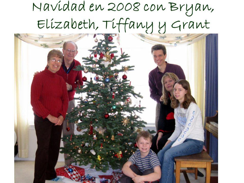 Navidad en 2008 con Bryan, Elizabeth, Tiffany y Grant Fuimos a buscar y cortar su arbolito de Navidad.