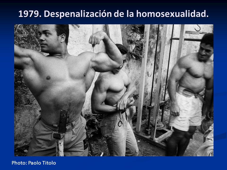 1979. Despenalización de la homosexualidad. Photo: Paolo Titolo