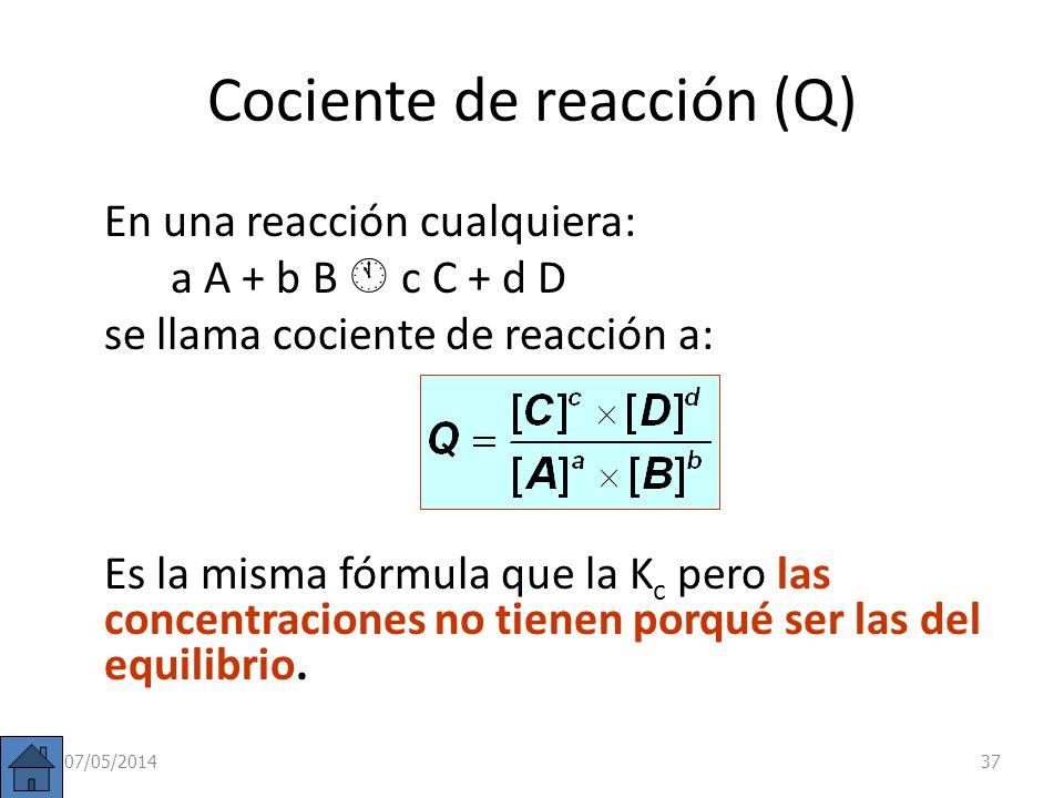 También puede resolverse: 2 NH 3 (g) N 2 (g) + 3 H 2 (g) Conc inic. (M) c 0 0 Conc. Equil. (M) c (1– ) c /2 3c /2 0,043 c 0,4785 c 1,4355 c La presión