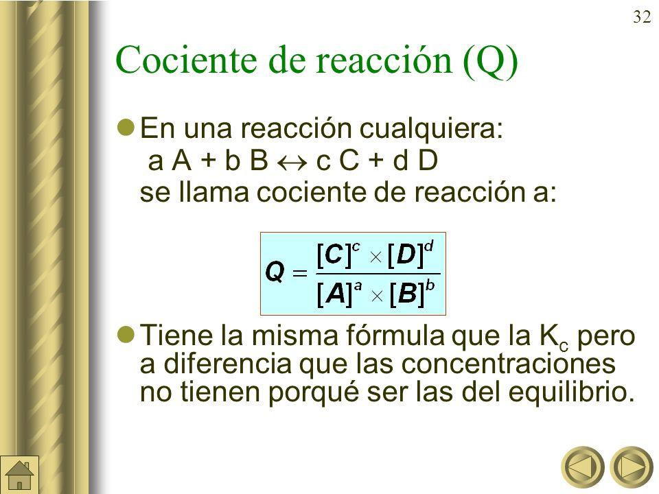 31 También puede resolverse: 2 NH 3 (g) N 2 (g) + 3 H 2 (g) Conc inic. (M) c 0 0 Conc. Equil. (M) c (1– ) c /2 3c /2 0,043 c 0,4785 c 1,4355 c La pres