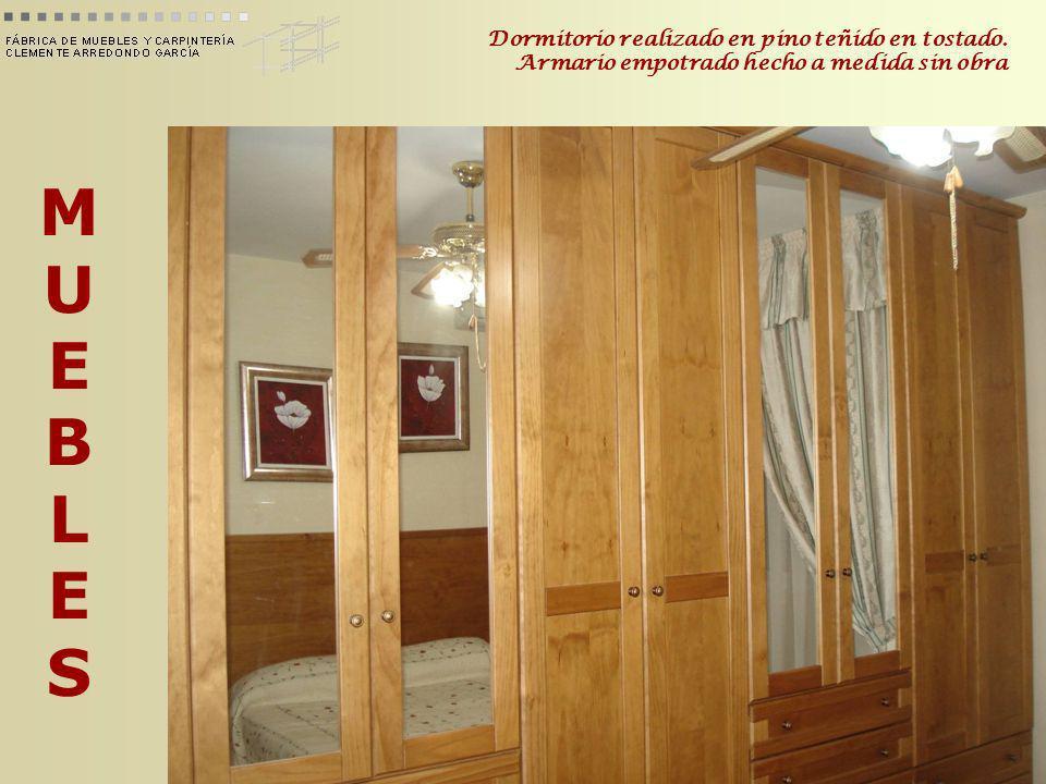 MUEBLESMUEBLES Dormitorio realizado en pino teñido en tostado. Armario empotrado hecho a medida sin obra