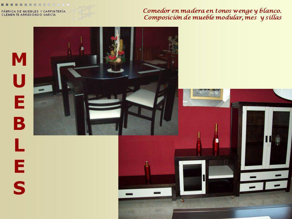 MUEBLESMUEBLES Comedor en madera en tonos wenge y blanco. Composición de mueble modular, mes y sillas
