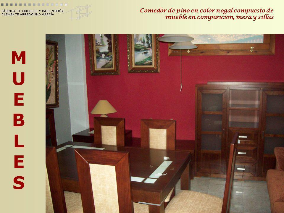 MUEBLESMUEBLES Comedor de pino en color nogal compuesto de mueble en composición, mesa y sillas
