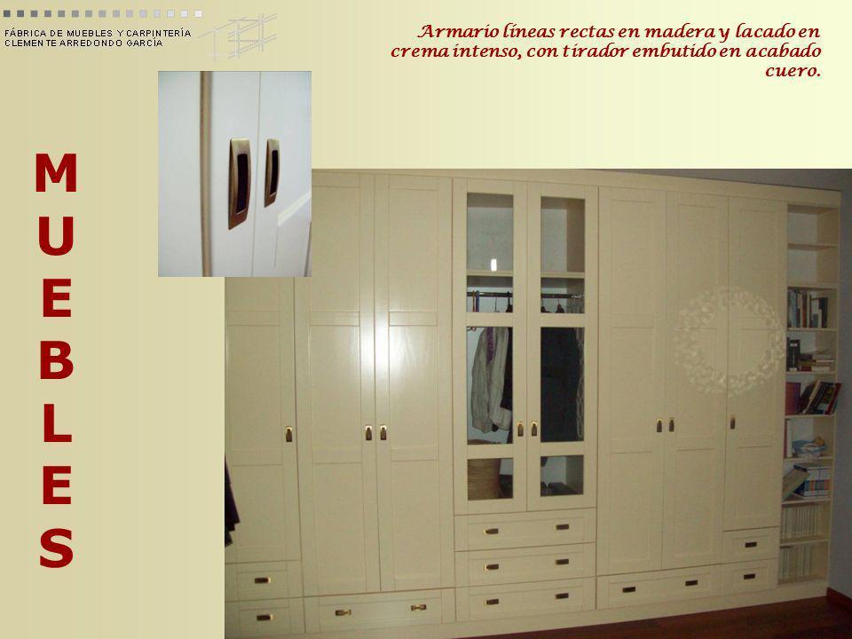 MUEBLESMUEBLES Mueble de estilo antíguo hecho en chapa de fuma y madera de castaño.