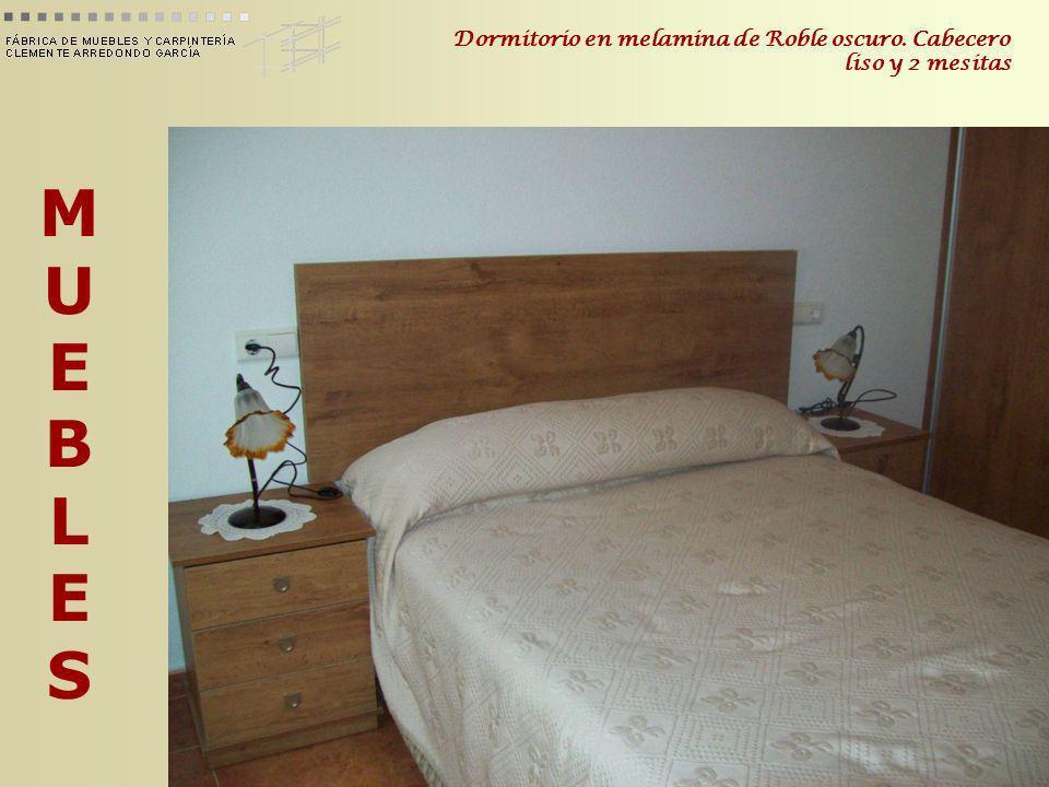 MUEBLESMUEBLES Dormitorio en melamina de Roble oscuro. Cabecero liso y 2 mesitas