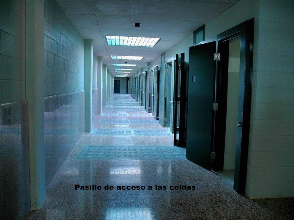 Pasillo de acceso a las celdas